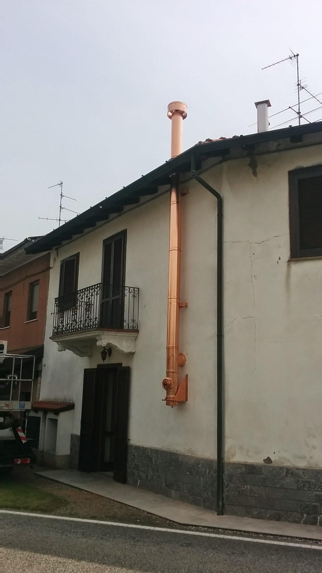 Installazione canna fumaria doppia parete rame paganini - Canna fumaria esterna normativa ...
