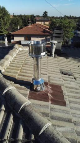 Installazione canna fumaria per stufa a pellet marchio Ravelli 09