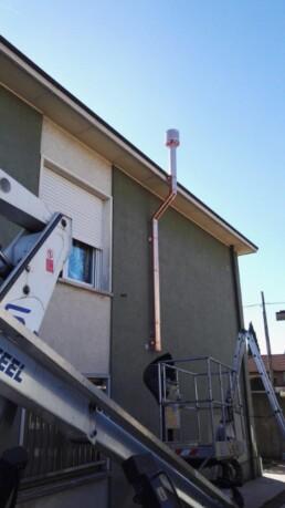 Installazione canna fumaria per stufa a pellet marchio Ravelli Busto Garolfo Milano canna fumaria 02